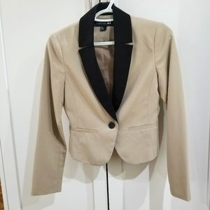 Forever21 blazer cream/tan color Small